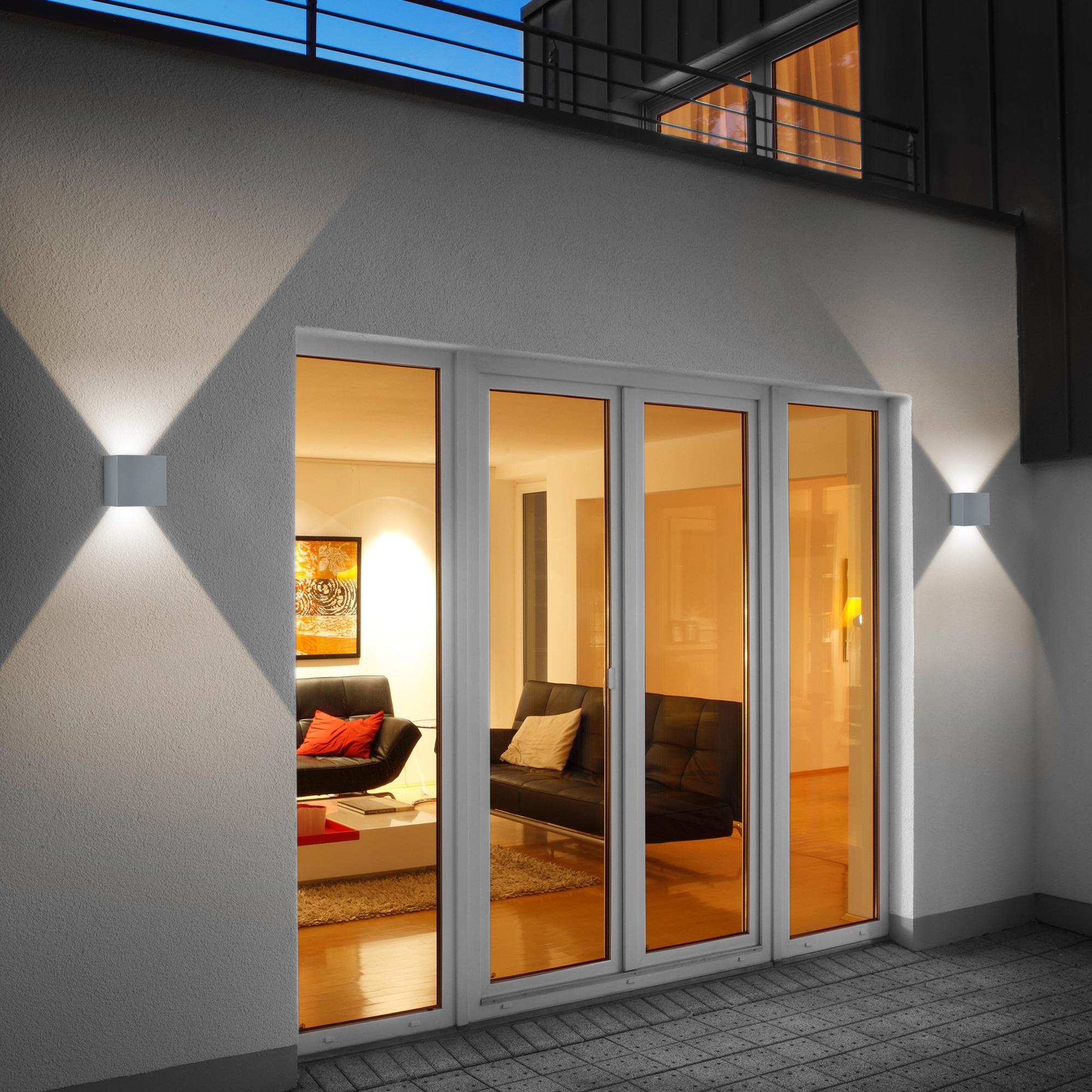 helestra siri 44 led wandleuchte lichtaustritt verstellbar reuter onlineshop. Black Bedroom Furniture Sets. Home Design Ideas